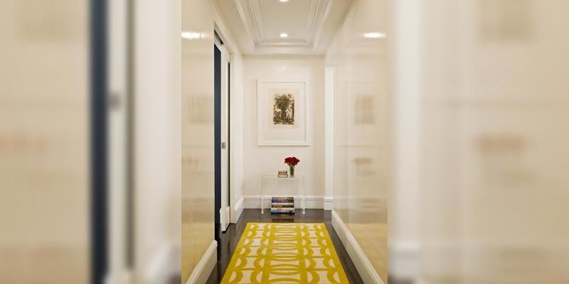 Choosing Rugs for Big Rooms and Long Hallways
