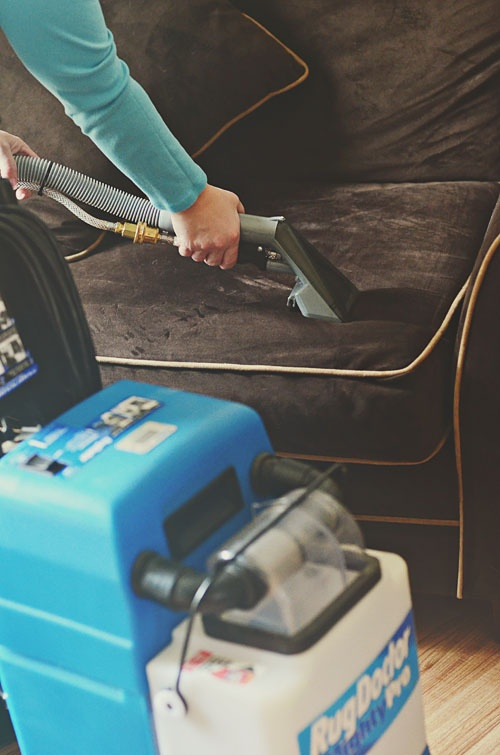 Cleaning upholstery